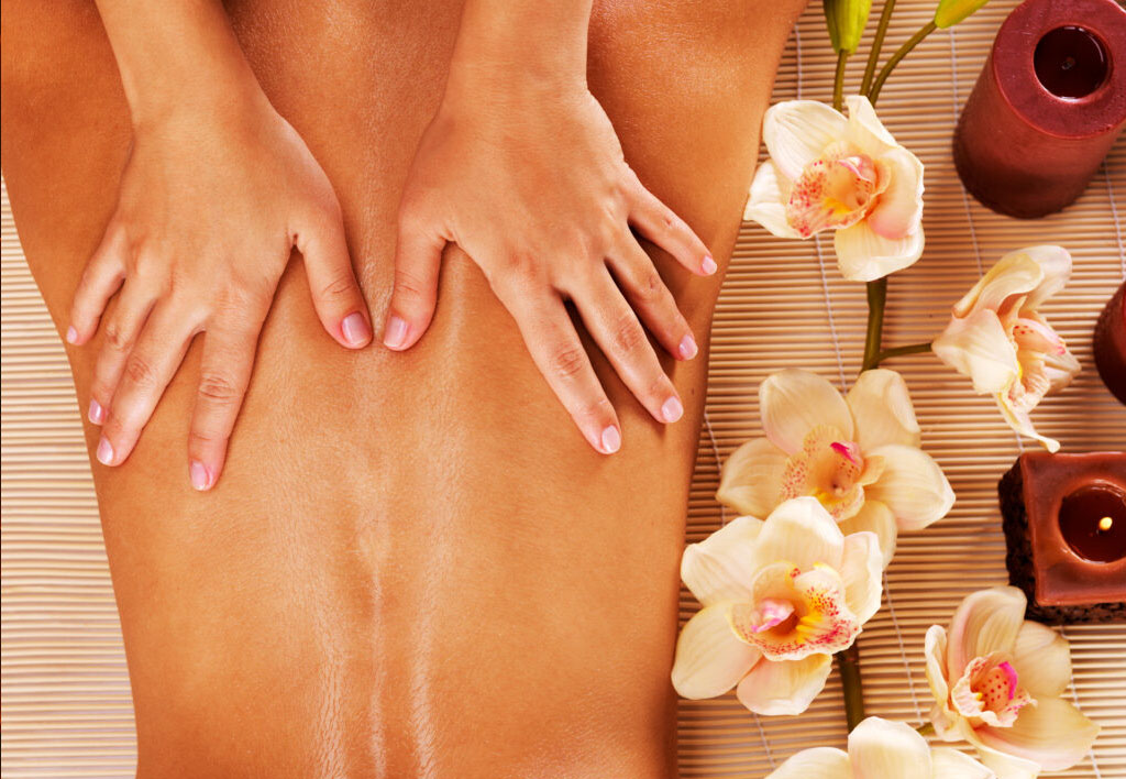lachez prise totalement avec le massage californien Germe la vie